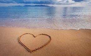 Picture sand, sea, heart