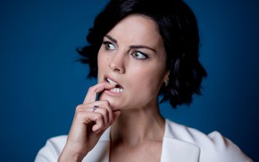 Picture pose, actress, Jaimie Alexander