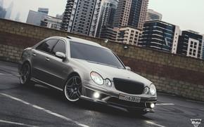 Picture Mercedes-Benz, AMG, E55