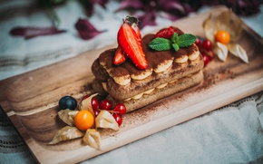 Picture strawberry, cake, physalis, tiramisu