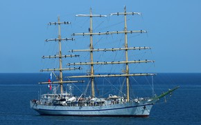 Picture spring, the black sea, Hersonissos, sailing ship