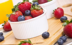 Picture summer, berries, blueberries, strawberry