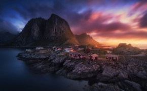Picture the sky, light, mountains, rocks, houses, settlement