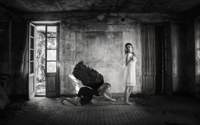 Picture room, wings, two girls, in white, in black