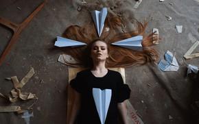 Picture girl, fantasy, garbage, hair, on the floor, curls, Nikita Chuntonov
