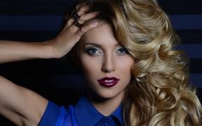 Picture girl, portrait, curls, leading, Regina Todorenko