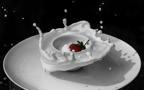 Picture drops, milk, strawberry, plate, Cup