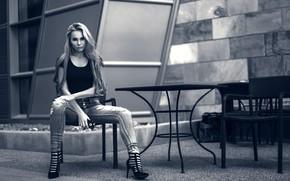 Picture pose, model, jeans, black and white, monochrome, Malgosia Violet Gugnacki