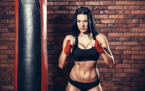 Wallpaper brunette, Boxing, bag to hit