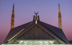 Picture the minaret, Pakistan, Islamabad, Faisal mosque