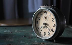 Wallpaper arrows, watch, alarm clock