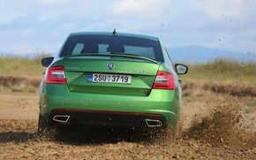Picture dust, dirt, green, sedan, the ground, Skoda, 2013, feed, Skoda, Octavia RS