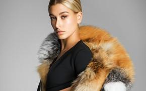 Picture model, fur, Hailey Baldwin