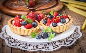 Picture berries, blueberries, strawberry, basket, dessert, sweet, cream, dessert, berries, delicious, tart, tartlet