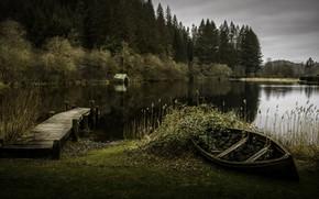 Picture bridge, lake, boat, Moment in Time