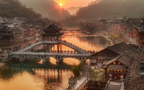 Wallpaper forest, river, the sun, China, Hunan Province, dawn, trees, home, fog, mountains, bridge