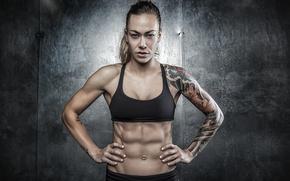 Picture tattoos, abs, Nikki Leonard