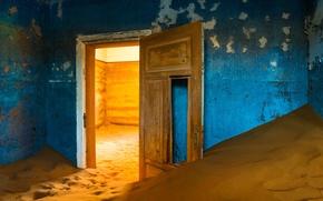 Wallpaper sand, house, the door