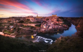 Picture the sky, the city, lights, the evening, Spain, Toledo, the Tagus river