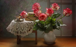 Picture flowers, books, roses, Cup, vase, saucer, stool