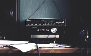 Wallpaper table, wire, column, tape, audio