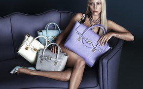 Picture blonde, Lady Gaga, bags