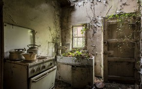 Picture furniture, the door, kitchen