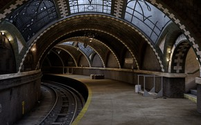 Picture the platform, the tunnel, Vintage Subway