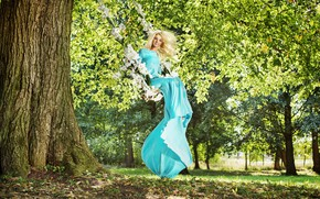 Picture greens, the sun, trees, flowers, smile, Park, swing, mood, foliage, makeup, dress, hairstyle, blonde, beauty, …