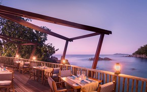 Picture the ocean, coast, the evening, restaurant
