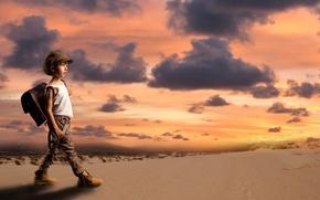 Picture sand, boy, sunset, desert, satchel, the situation, cap