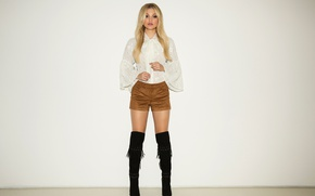 Picture wall, shorts, boots, makeup, figure, hairstyle, blonde, album, blouse, white, beauty, photoshoot, 2015, Olivia Holt, …