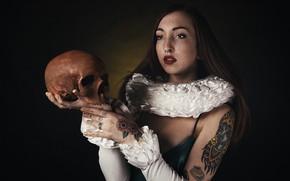 Picture girl, skull, Greta Magnani