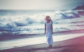 Picture shore, surf, girl, Dreaming, Edie Layland