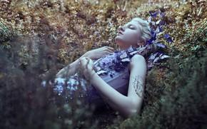 Picture grass, girl, butterfly, flowers, mood, sleep, the situation, Maria Amanda, sleeping, Bella Kotak, Mary Amanda …