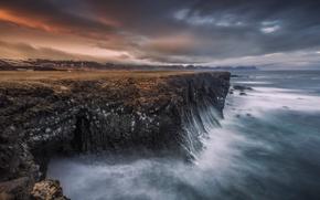 Picture sea, wave, the sky, rocks, shore, excerpt