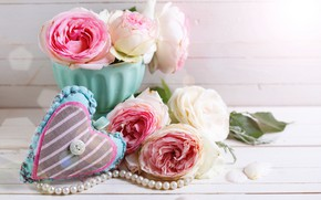Picture flowers, roses, bouquet, love, pink, vintage, heart, wood, pink, flowers, romantic, roses, candle