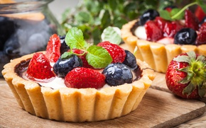 Picture berries, blueberries, strawberry, basket, dessert, sweet, sweet, cream, dessert, berries, delicious, tart, tartlet