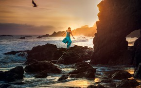 Picture stones, dress, surf, girl, Edie Layland