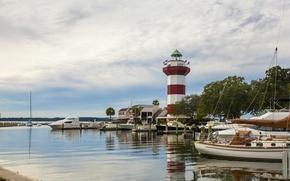 Picture river, lighthouse, island, yachts, boats, South Carolina, USA, Hilton Head, Hilton Public Bodies Island