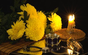 Wallpaper watch, candles, glasses, flowers