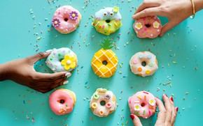 Picture background, hands, bracelet, donuts