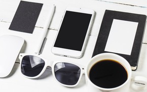 Picture Glasses, Coffee, Phone, Handle