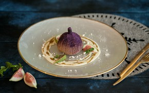 Picture dessert, Figs, Cutlery