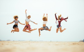 Picture sand, sea, beach, the sky, the sun, girls, jump, shorts, glasses, Mikey