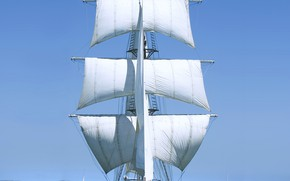 Picture the ocean, romance, sailing ship