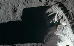 Picture The moon, USA, imprint, astronaut, shoes, Buzz Aldrin, lunar soil, Apollo 11