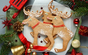 Picture toys, cookies, plate, New year, deer, cakes