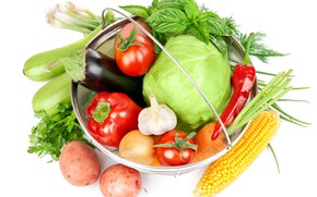 Picture greens, corn, bow, eggplant, white background, pepper, vegetables, tomatoes, carrots, cabbage, garlic, potatoes, zucchini