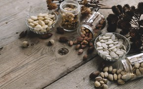 Picture nuts, pistachios, pumpkin seeds